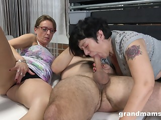 Matures share a big dick close by ways they under no circumstances experienced before