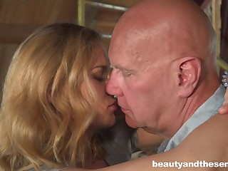 Cute housewifely chick Jenny Manson is ready to ride old horseshit on top