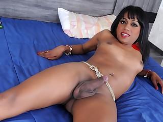 Ready & Waiting Rafaela Aguiar - Brazilian-Transsexuals