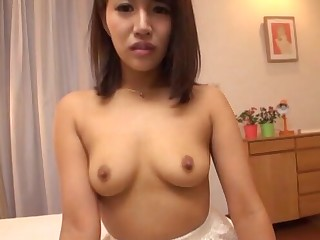 Passionate shacking up with reference to the bedroom with a cute Japanese girlfriend