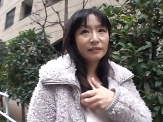 Amazing Japanese chick moans while getting her tight pussy licked
